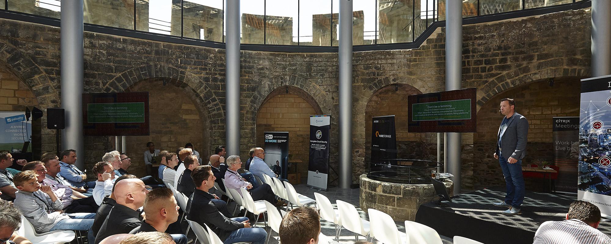 presentatie tijdens zakelijk business event