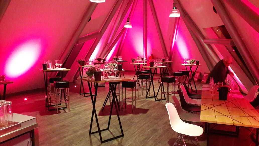 feestopstelling feestzaal de Zusterskap