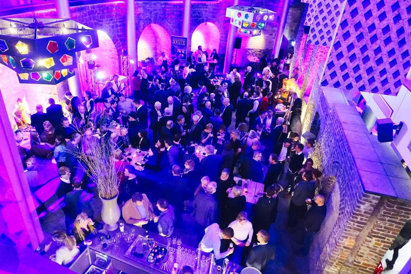 feestzaal de binnenplaats bovenaanzicht 2